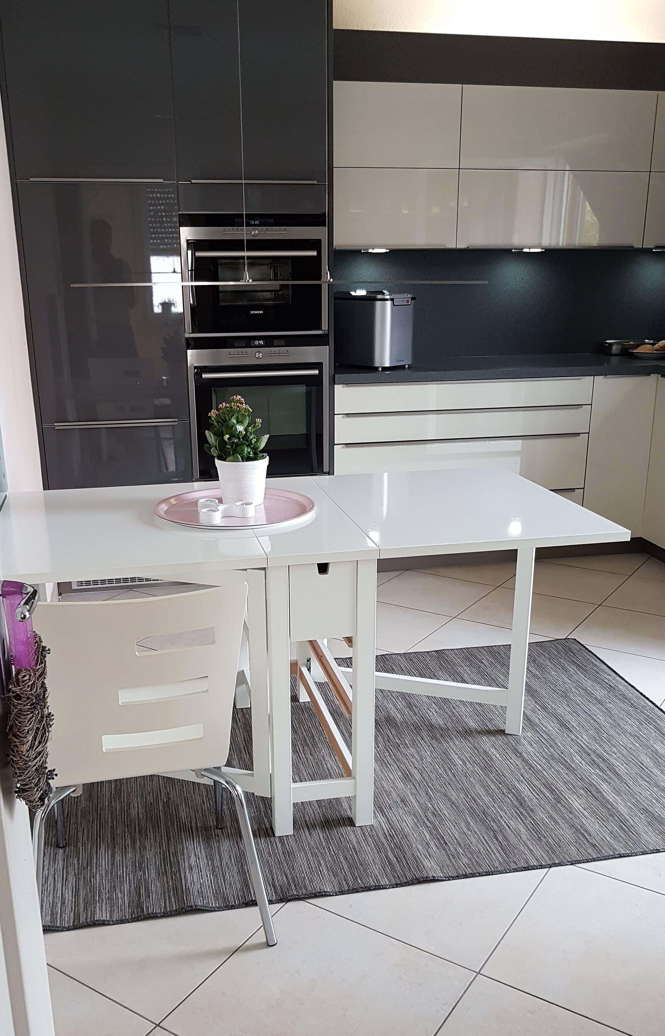 Einbauküchen - Nowka Küchen